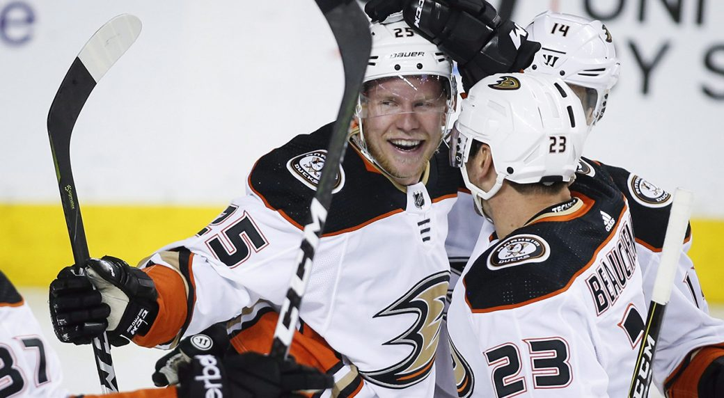 71cc802e1 Ducks sign forward Ondrej Kase to 3-year contract. Anaheim Ducks right wing Ondrej  Kase (25) of the Czech Republic