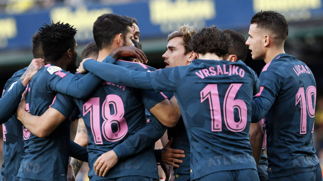 Atletico beats Deportivo, cuts Barcelona's lead to 9 points