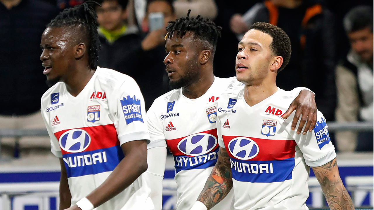 Depay hat trick helps Lyon qualify for Champions League