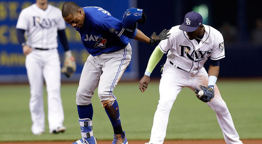 Blue Jays' Granderson pulled with hamstring injury