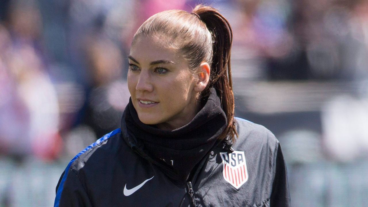 Ex-U.S. player Hope Solo: Don't vote for U.S. World Cup bid
