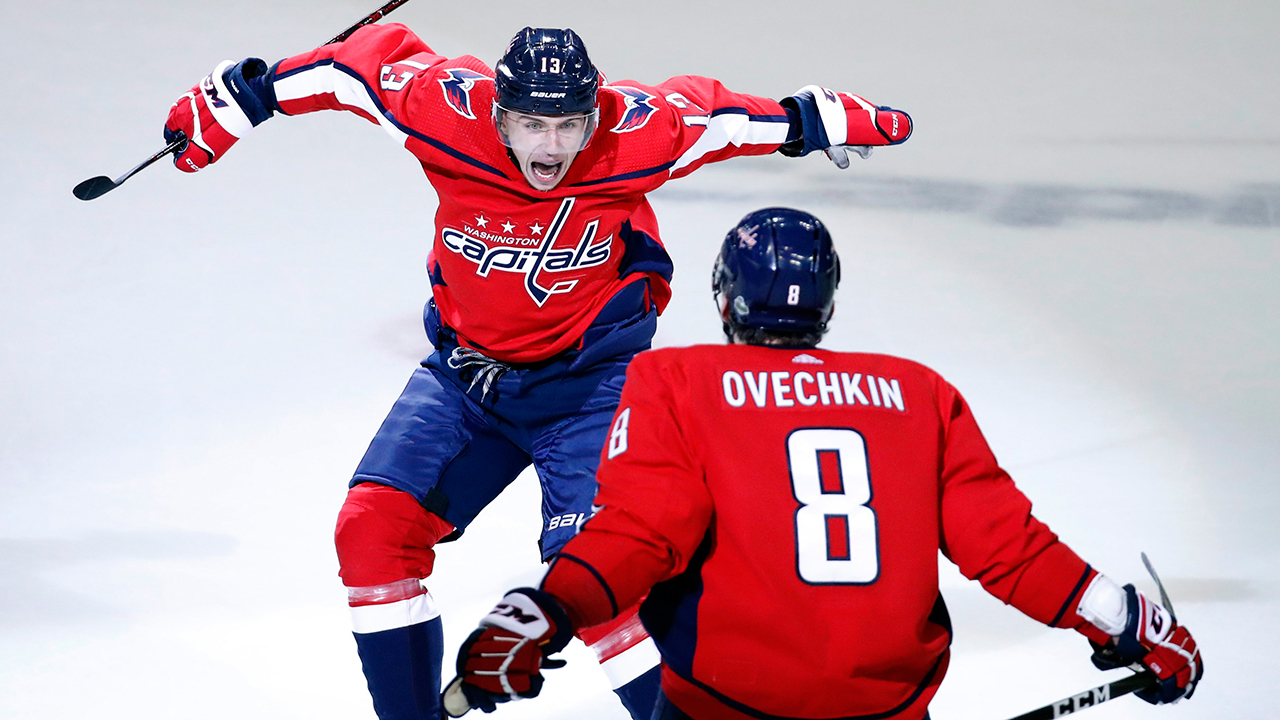 e950787c531 Jakub Vrana s career night puts Capitals in control vs. Penguins ...