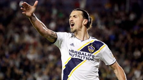LA-Galaxy-forward-Zlatan-Ibrahimovic-celebrates-a-goal.