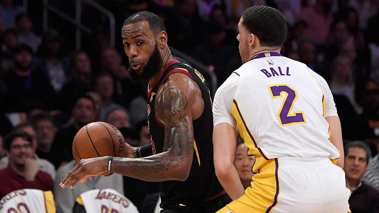 963cddd1b1c LeBron No. 23 Lakers jersey sales skyrocket after contract announcement -  Sportsnet.ca