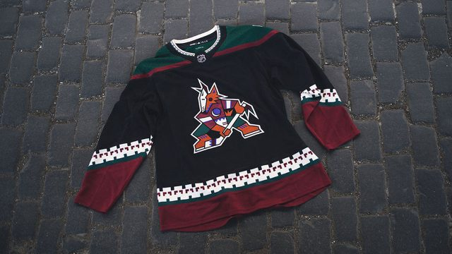 Coyotes bringing back  Kachina  logo for team s third jersey a8a11d3a5