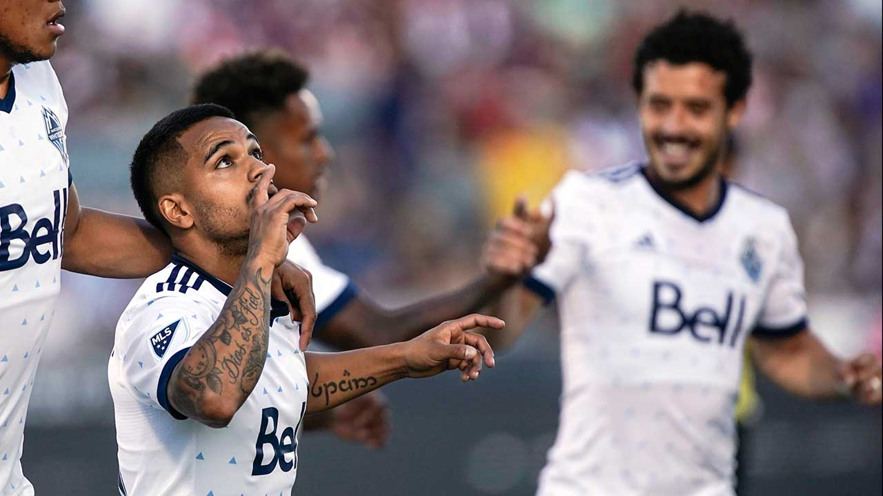 Cristian Techera scores again to lead Whitecaps past Rapids