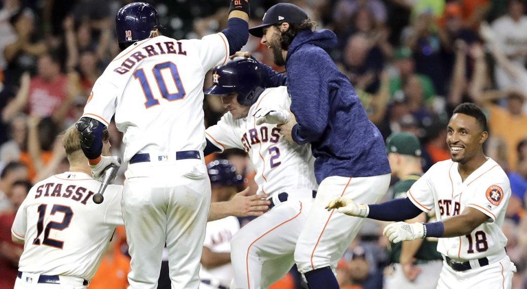 Astros get wild walk-off win against Athletics