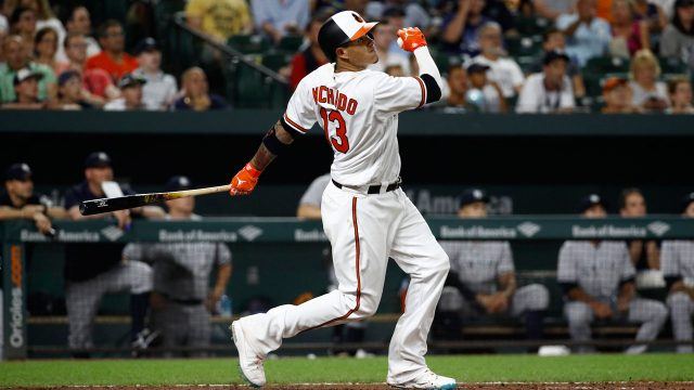 Manny-Machado-hits-home-run