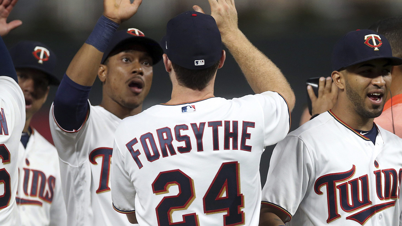 Forsythe gets 5 hits, Twins outslug Tigers in win