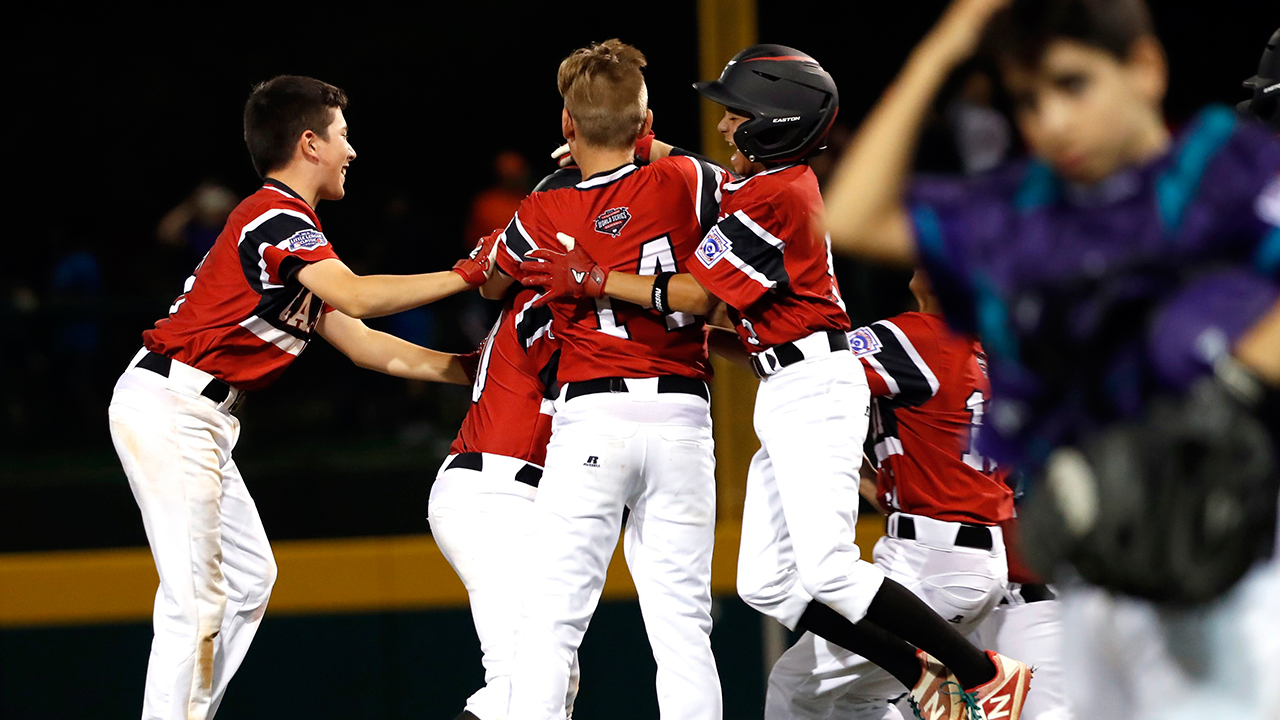 Canada walks off Spain to stay alive at Little League World Series