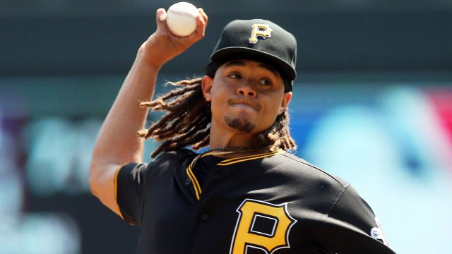 Mlb-pirates-pitcher-chris-archer-pitching-against-twins-640x360