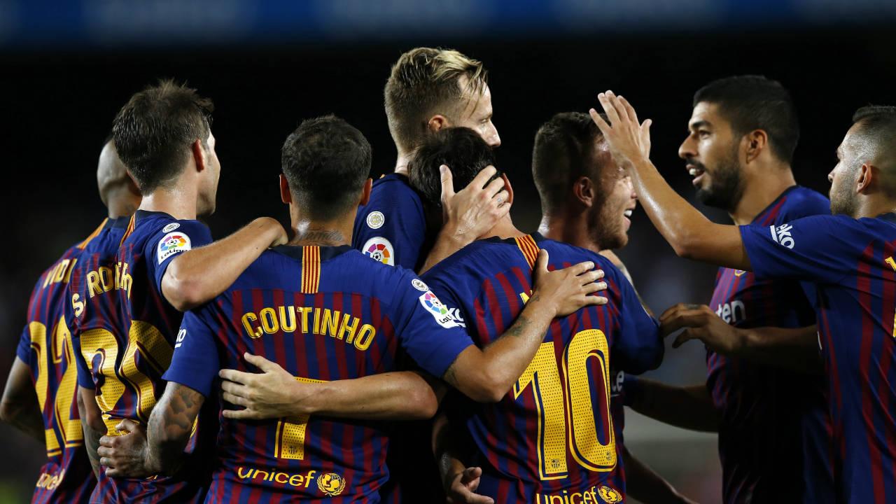 Messi scores Barcelona's 6,000th league goal in win vs. Alaves