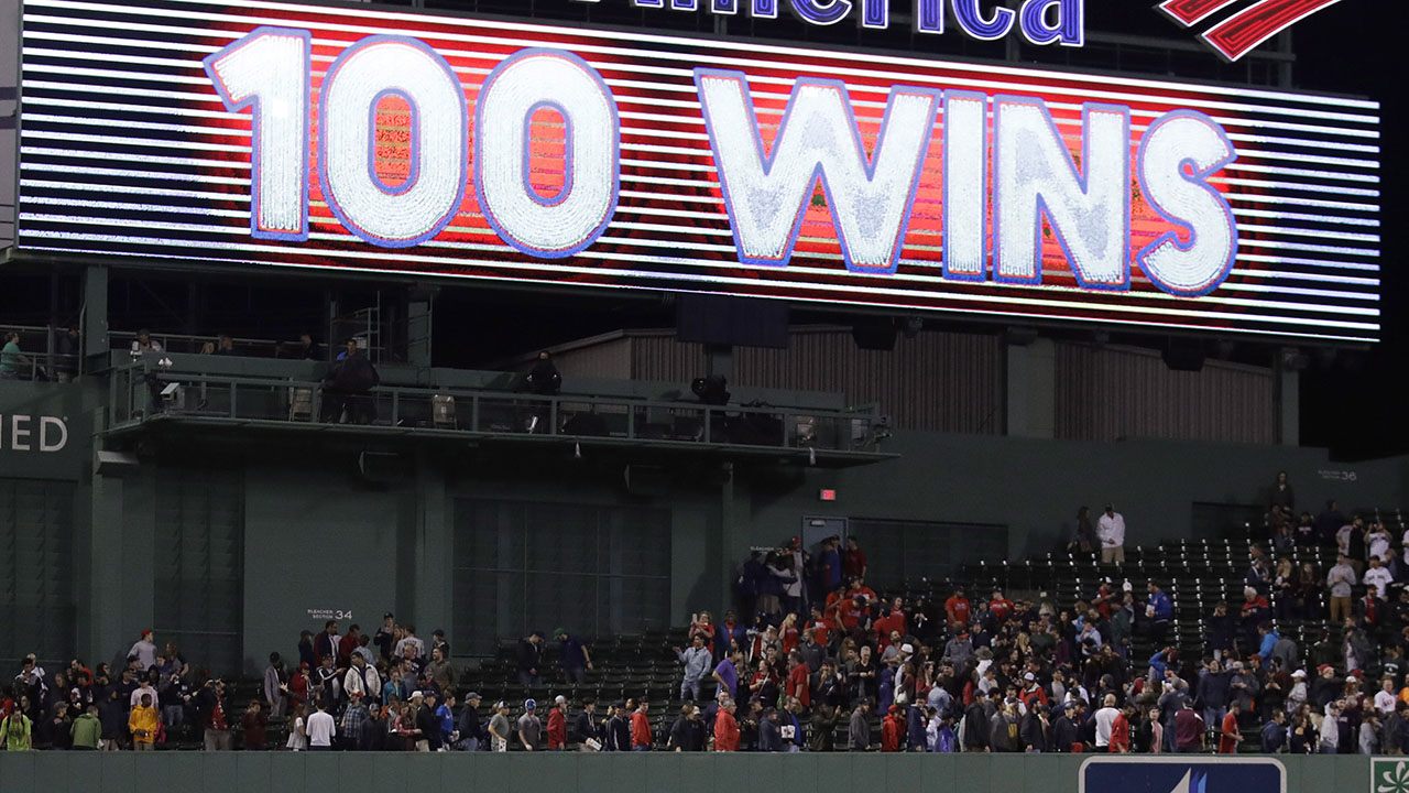 Red Sox reach 100 wins for 1st time since '46, beat Jays