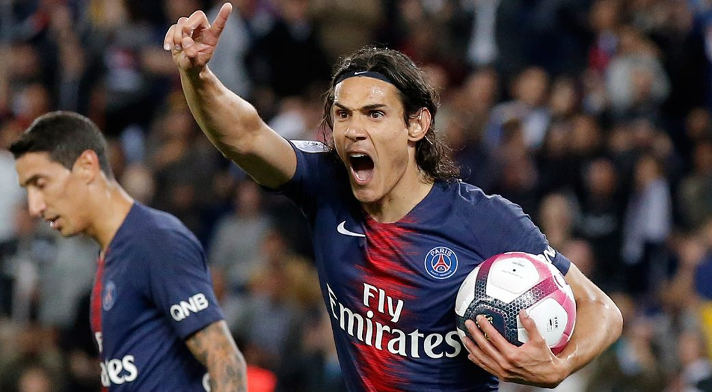 Psgs Edinson Cavani Protest For A Disallowed Goal During Their French League One Soccer Match Between Paris Saint Germain And Saint Etienne At The Parc Des