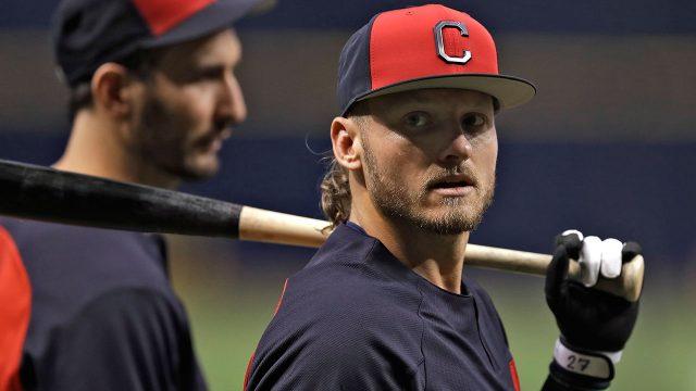 MLB-Indians-Donaldson-at-batting-practice