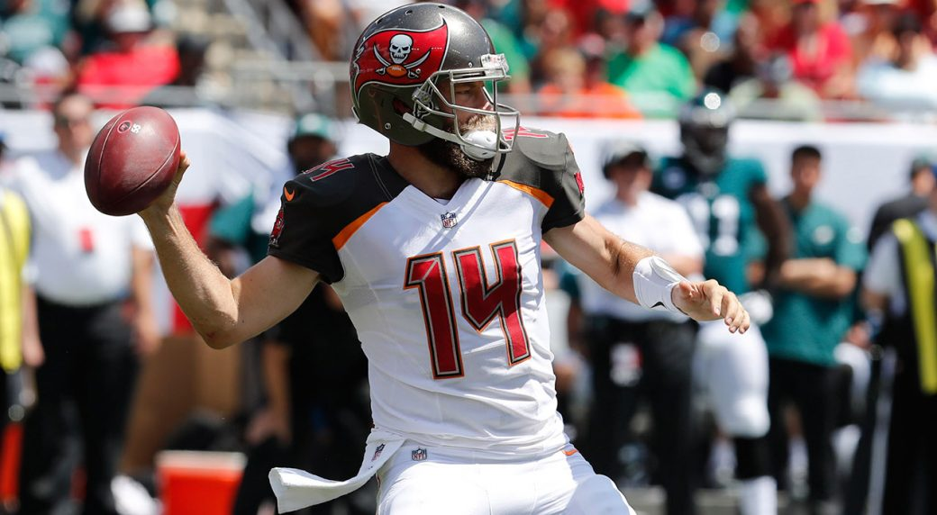 Ryan Fitzpatrick agrees to 2-year contract with Dolphins