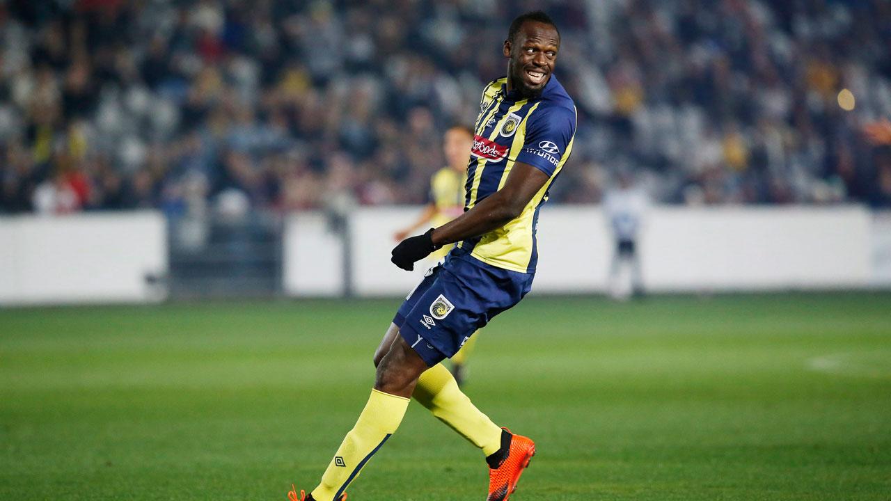 Usain Bolt has until January to showcase soccer skills