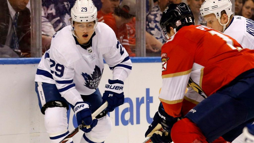 f6356fc52b8 McCown says Maple Leafs  can t afford Nylander