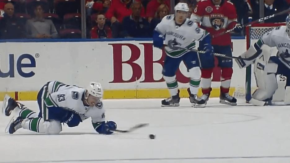 Beagle Out 4-6 Weeks With Forearm Fracture