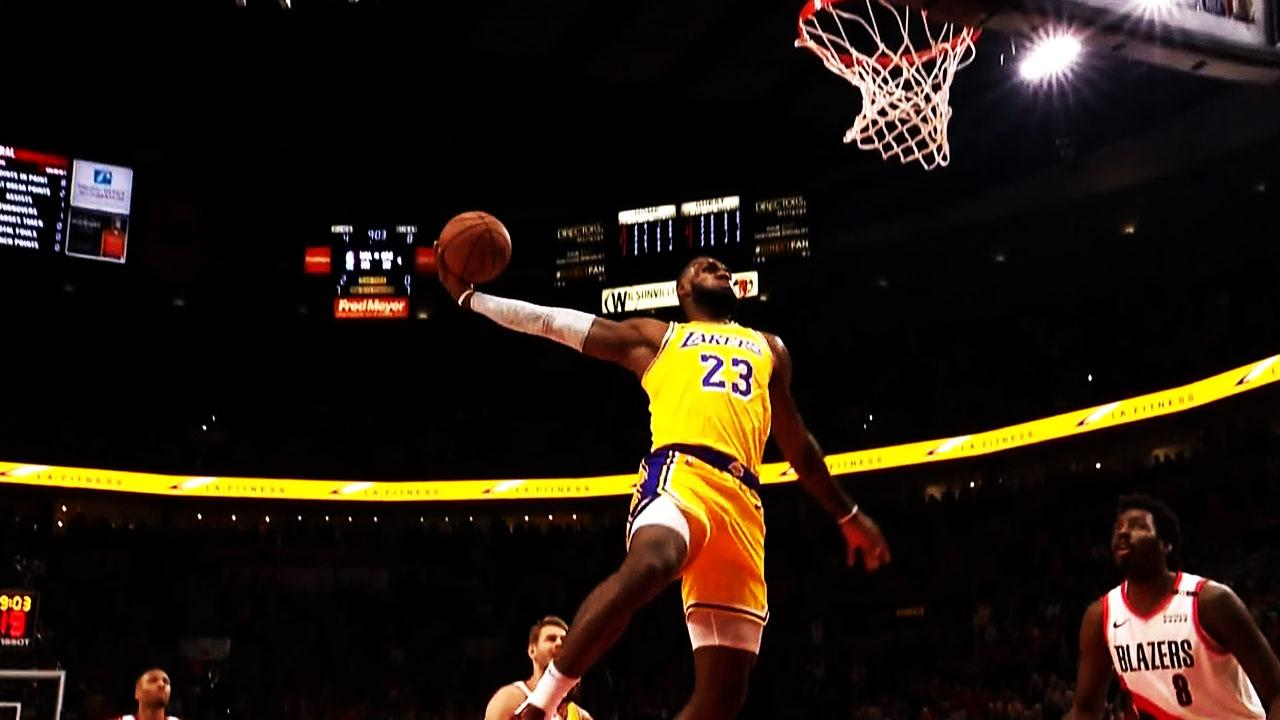 LeBron steals & throws down huge dunk for first Lakers points