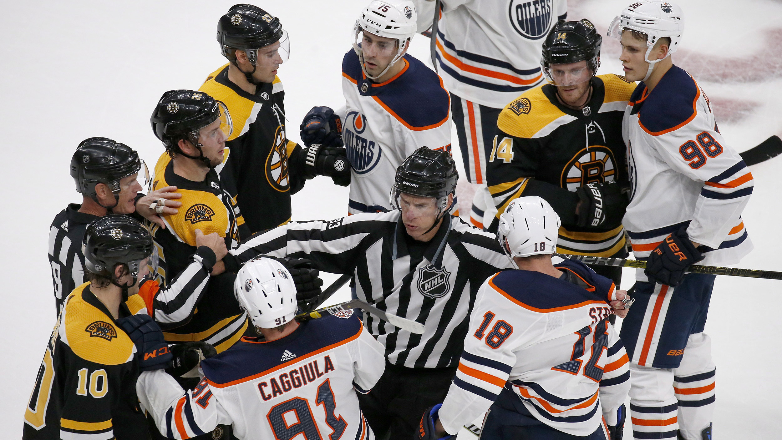 Marchand, Nordstrom lead Bruins past Oilers