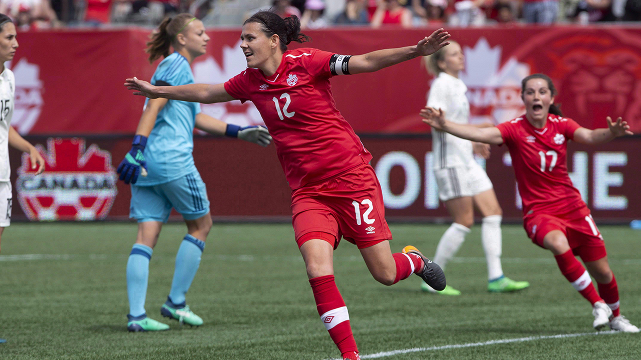 Christine Sinclair calls out Canadian Soccer Association on Twitter