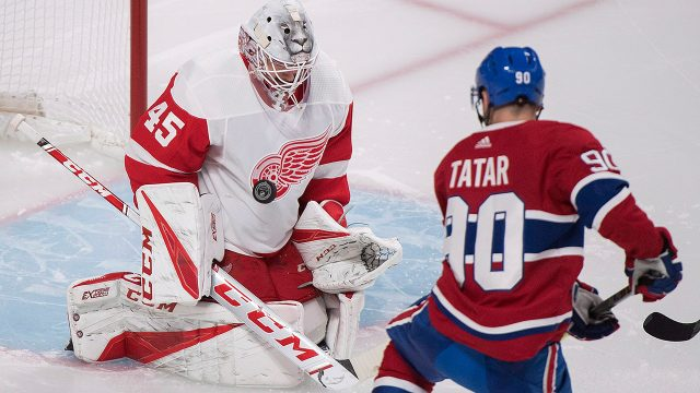 NHL-Canadiens-Tatar-scores-against-Red-Wings