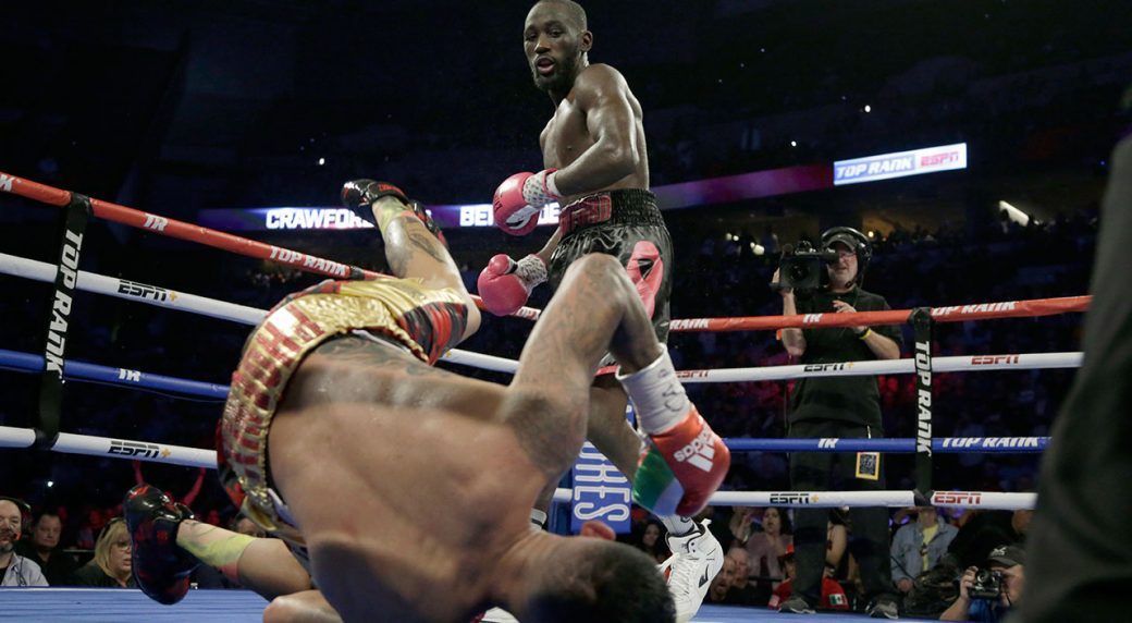 Bud Crawford finishes Jose Benavidez with vicious uppercut
