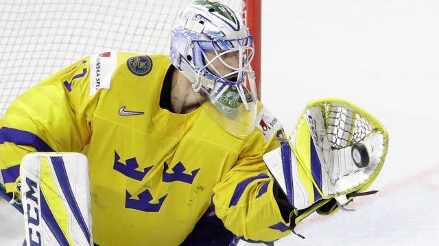 anders-nilsson-makes-save-at-world-hockey-championships