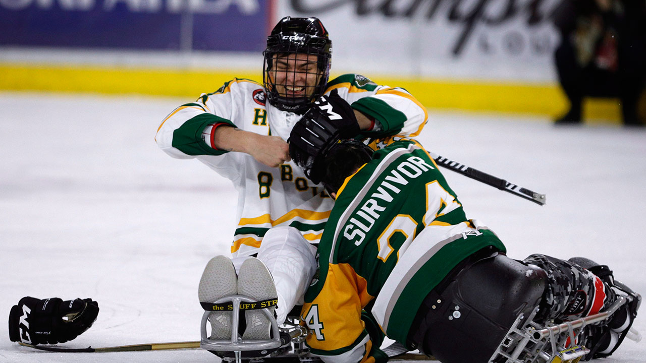 Paralyzed Humboldt Broncos players reunite on the ice - Sportsnet.ca aff8c69dd