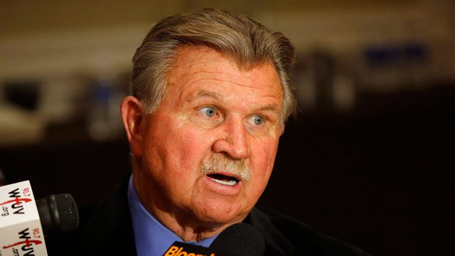 NFL-Bears-coach-Mike-Ditka-speaks-with-media