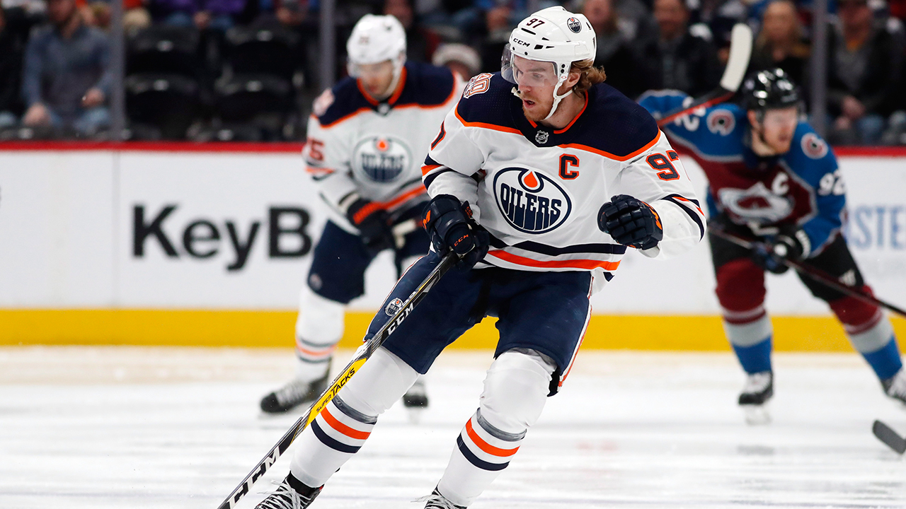 Oilers' Connor McDavid stays in his lane when asked about officiating