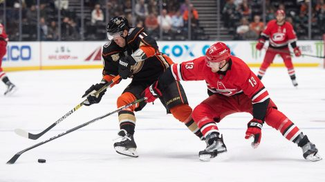 b7a21058c Colin White inks deal with Sharks after parting with Devils ...