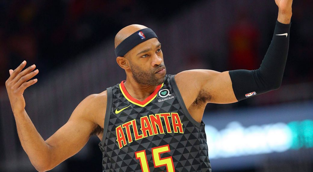 NBA-Hawks-Carter-poses-against-Heat