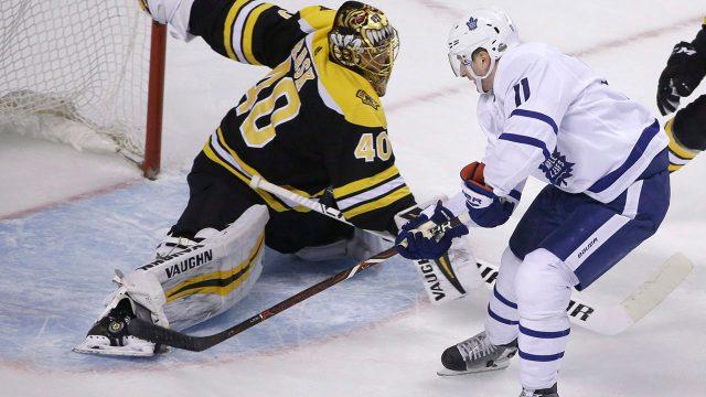 NHL-Leafs-Hyman-shoots-against-Bruins