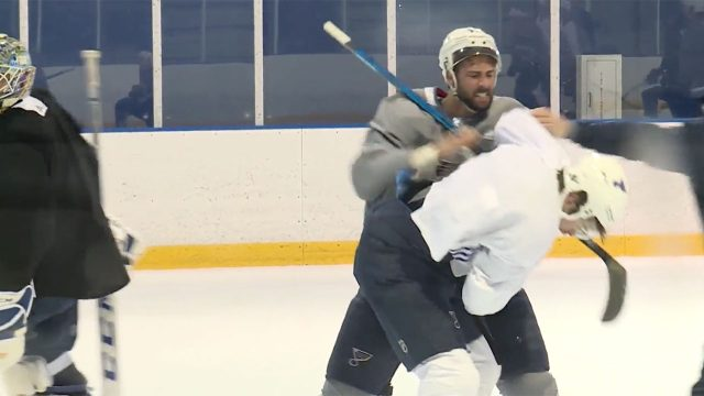 Robert-bortuzzo-zach-sanford-fight-at-blues-practice-640x360