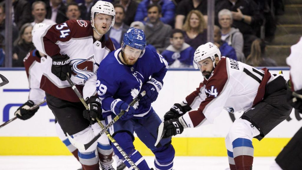 8f2e09b6b Five reasons Maple Leafs should be concerned following loss to Avalanche -  Sportsnet.ca