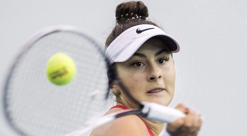 Tennis-WTA-Andreescu-hits-shot