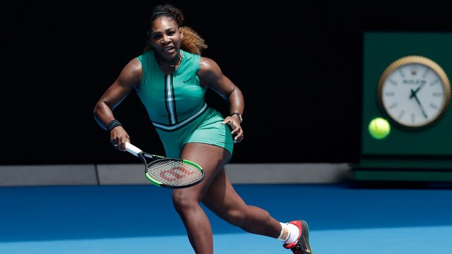 WTA-tennis-Williams-returns-shot-at-Australian-Open