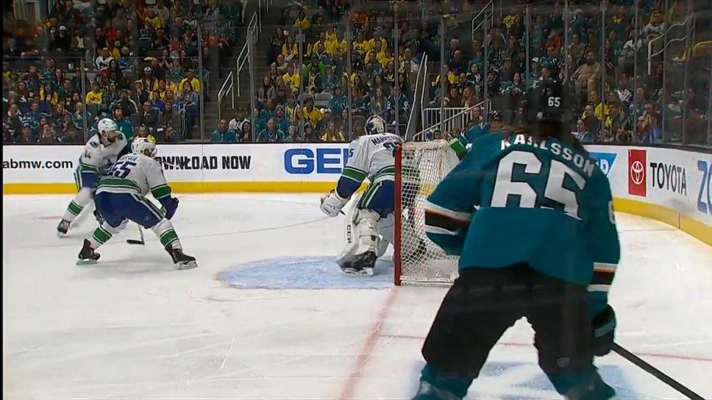 Joe Pavelski s 31st goal helps Sharks top Canucks - Sportsnet.ca 905127d21