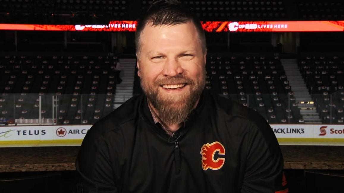 How Brian McGrattan uses his past in unique role to help Flames players