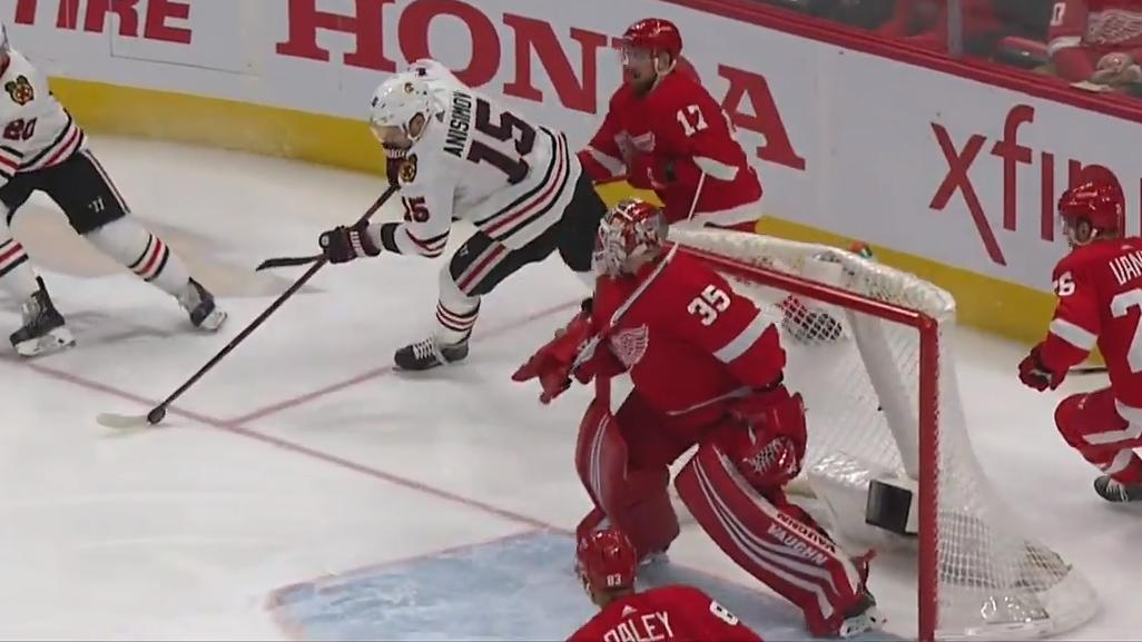 Anisimov spins out from behind the net and scores on Red Wings