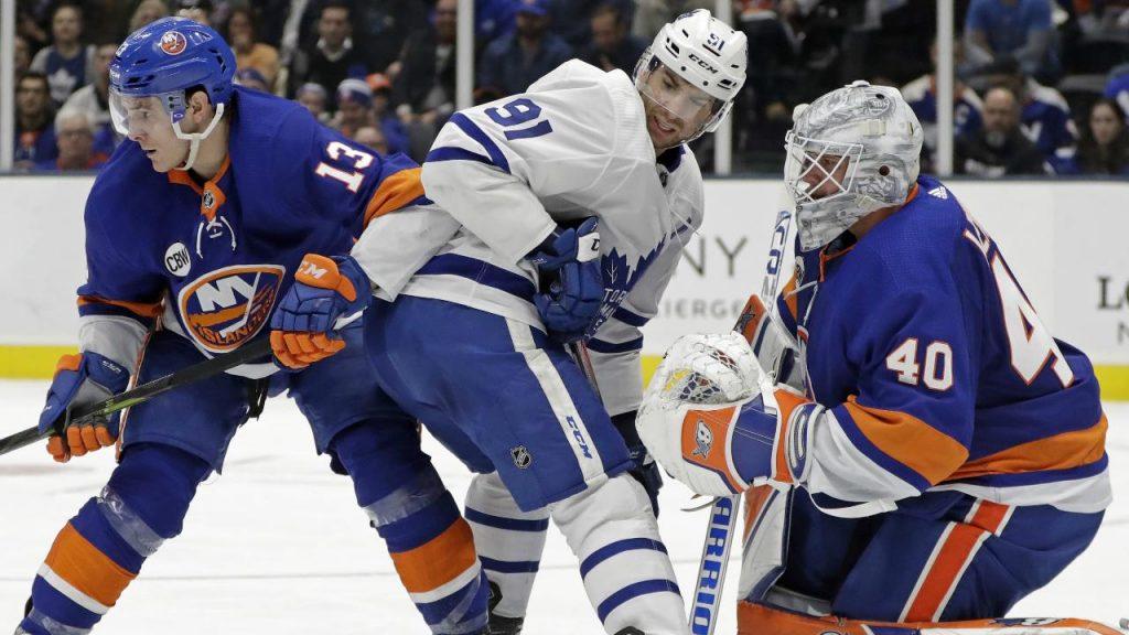 028b28a60 Islanders demolish Maple Leafs in Tavares  return - Sportsnet.ca
