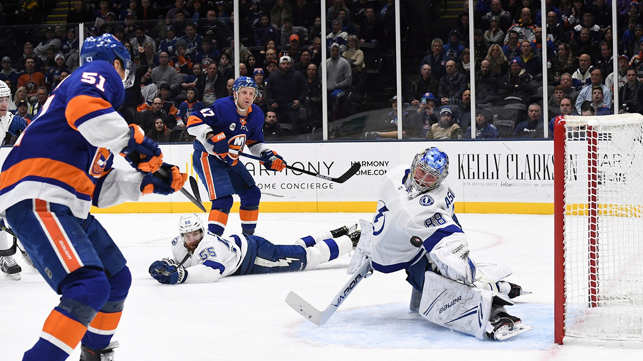 Lightning Top Isles After Goaltending Clinic