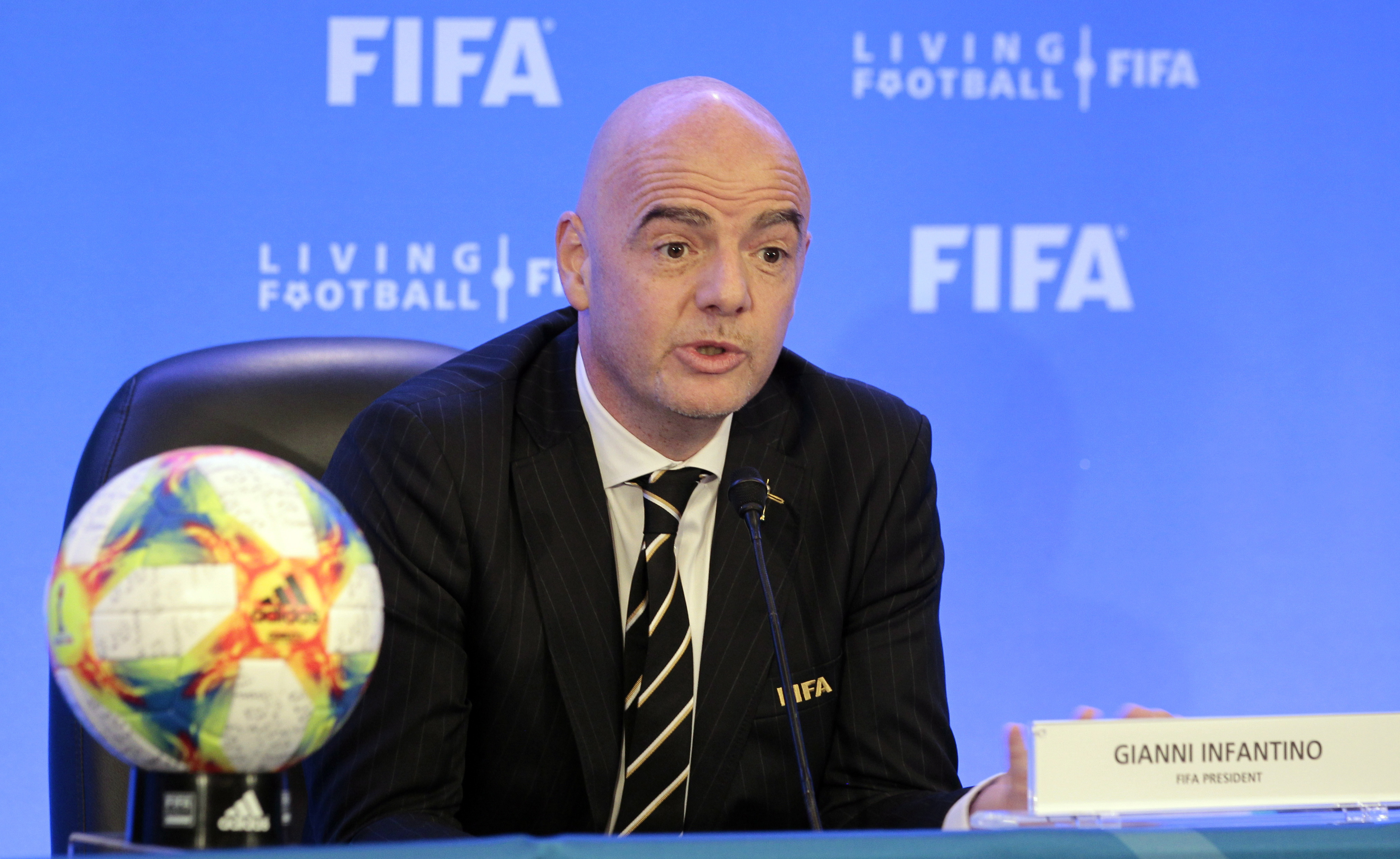 FIFA keeps 32 teams for 2022 World Cup, scrapping expansion