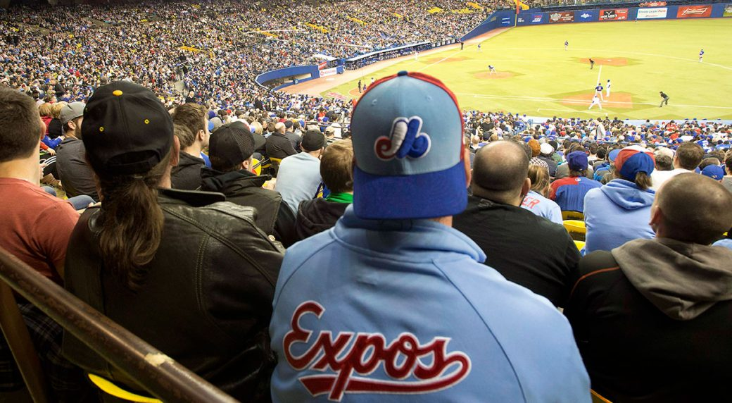 Expos-fans-watch-game-at-Olympic-stadium