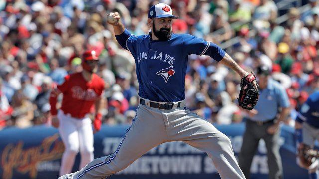 MLB-baseball-Blue-Jays-Shoemaker-throws-against-Phillies