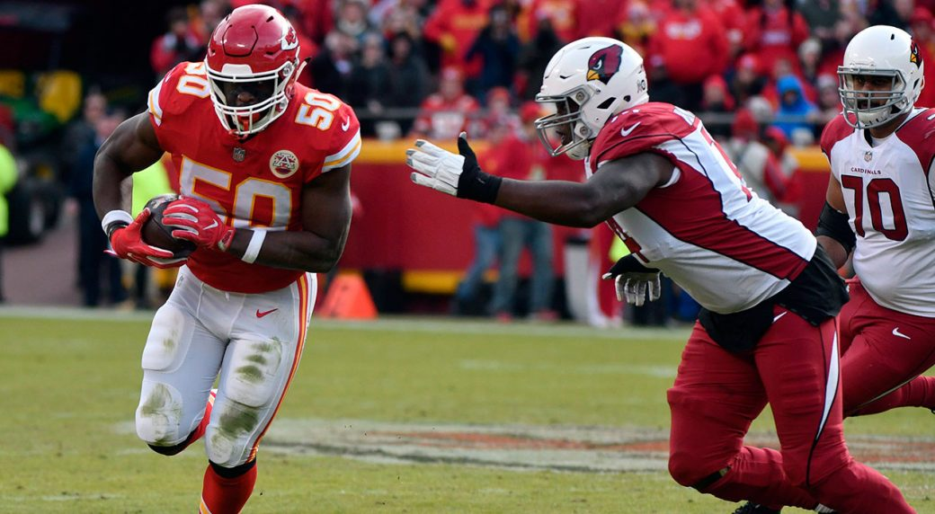 Chiefs release OLB Houston