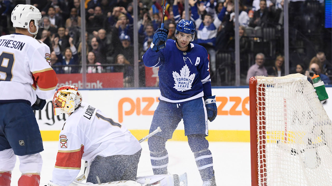 Tavares' Big Night Helps Propel Leafs Four-Ward