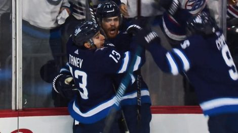423b7826831 Jets  Adam Lowry opens scoring 12 seconds into Game 5 against Blues